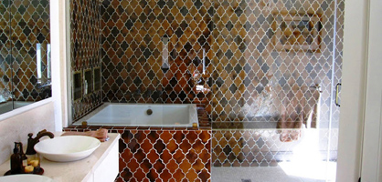 20 Amazing Tiled Showers