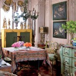 Flamboyant-and-Chic-Inside-Iris-Apfels-Home-5