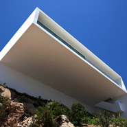 Amazing House On Cliff by Fran Silvestre Arquitectos