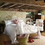 how-to-create-french-country-bedroom-design-7