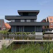 Modern &#038; Layered Villa Ypenburg III