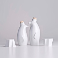 Pinguim Rei by Luiz Pellanda And Aleverson Ecker