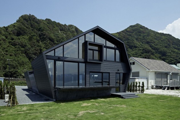5 Odd-Shaped Houses