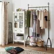 Wardrobe Storage Idea: Clothes Rack